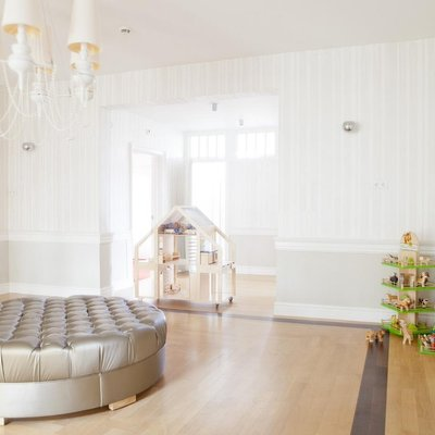 10 Quick Tips To Get That Wow Factor When Decorating A White Space