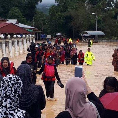 107 Warga Upsi Cemas Terperangkap Dalam Banjir Ketika Berkhemah Di Lenggong