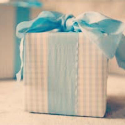 Оригинальный подарок на свадьбу молодоженам - идеи, как сделать своими