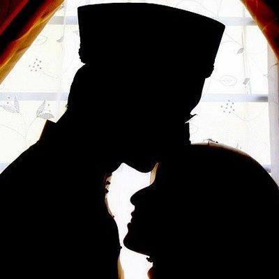 6 Cara Rasulullah Membahagiakan Istri