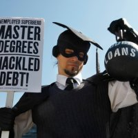 6 Tips To Manage Your Student Loans And Graduate With Less Debt