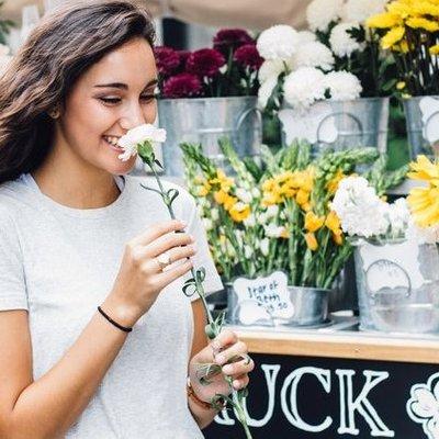 9 Hal Yang Jadi Tanda Kamu Bukan Cuma Suka Tapi Benar Benar Jatuh Cinta