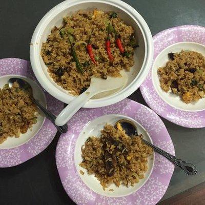 Ahmad Maslan Terkejut Makan Nasi Ikan Bawang Air Mineral Rm37 50 Kerana Sst