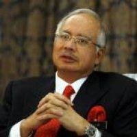 Azalina Lulus Ujian Pertama Sebagai Menteri Najib