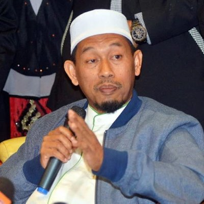 Azmin Bekukan Peruntukan Untuk Semua Adun Pas Di Selangor