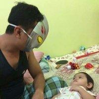 Bapa Ultraman Tidurkan Anak