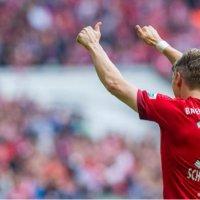 Bastian Schweinsteiger Favoring Bayern Munich Over Manchester United