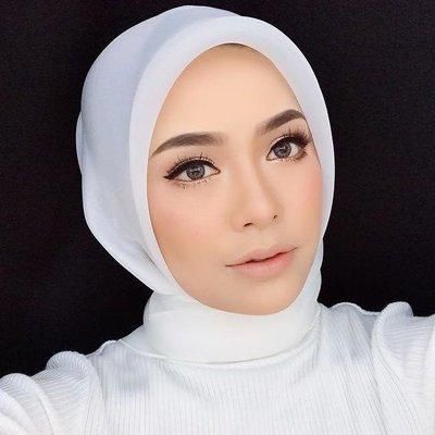 Biodata Syafiqah Aina Instafamous Dan Pemilik Kosmetik Nsa Beau