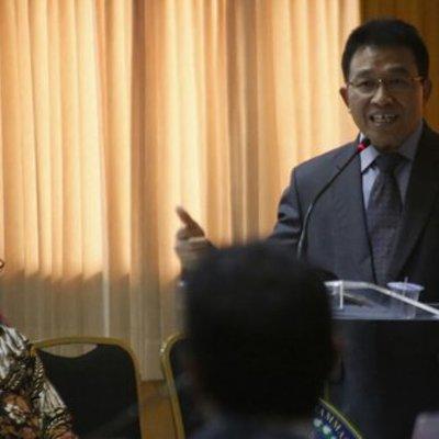 Bupati Bojonegoro Raih Gelar Doktor Usai Teliti Rukun Kematian Di Suatu Desa