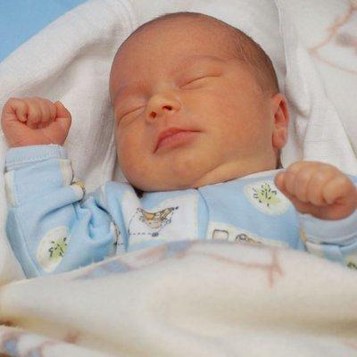 Cabaran Minggu Pertama Bersama Bayi Baru Lahir Ikuti 5 Tip Ini