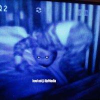 Cctv Rakam Ada Sesuatu Bersama Bayi Ketika Tiba Waktu Malam