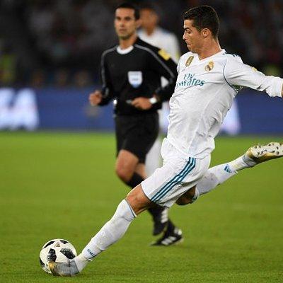 Cristiano Ronaldo Mahu Barcelona Beri Penghormatan Guard Of Honour Atas Pencapaian Real Madrid