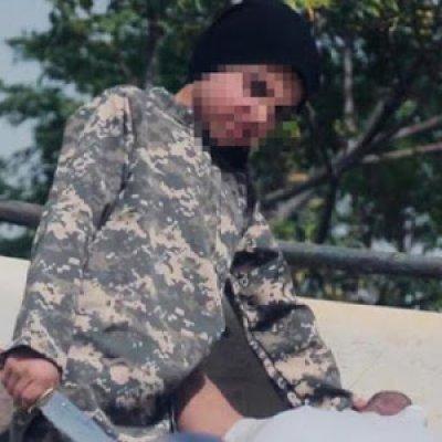 Daesh Ajar Budak Penggal Kepala Tebusan