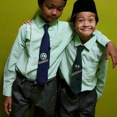 Dah Siap Beli Pakaian Sekolah Insyirah Iman Dan Akif