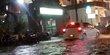 Diguyur Hujan Selama 4 Jam Jalanan Kota Singaraja Tergenang Air