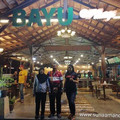 Dinner Di Bayu Village Restaurant Jalan Paroi Senawang