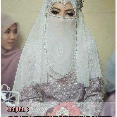 Dipaksa Menikahi Perempuan Cantik