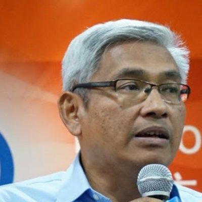 Image result for Aziz Bari, bekas pensyarah undang-undang, sebagai calon MB.