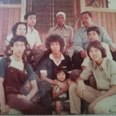 Gambar Rare Keluarga Lagenda Anak Anak Sidek
