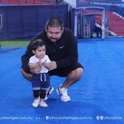 Gambar Terkini Tunku Kalsom Aminah Sofiah Memang Comel Habis Anak Sulung Tmj Ini Main Bola