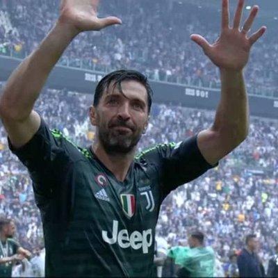 Gianluigi Buffon Simbol Kesetiaan Dan Keampuhan Legenda Juventus Dan Itali