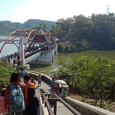Gua Kreo Objek Wisata Favorit Di Semarang