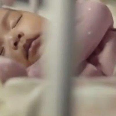 Iklan Pertama Siti Aafiyah Dah Disiarkan Di Instagram Comelnyaaaa