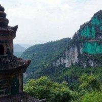 Ingin Feng Sui Rumahnya Bagus Lelaki Ini Nekad Cat Hijau Di Gaung Depan Rumahnya