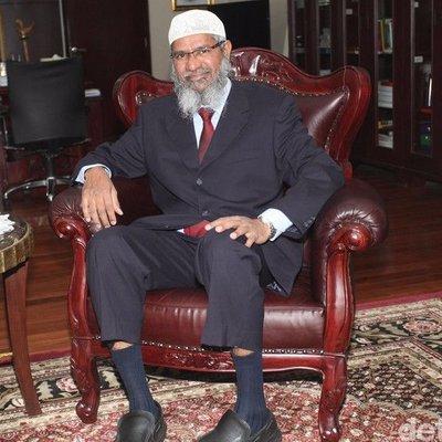 Ini Kata Dr Zakir Naik Soal Tafsir Al Maidah 51