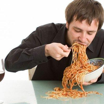 Ini Yang Terjadi Pada Tubuh Bila Makan Berlebihan Saat Sahur