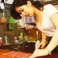 Jadi Penjual Daging Di Pasar Puteri Babi Popular Sekelip Mata