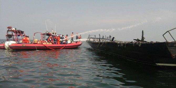 Kapal Yang Terbakar Tewaskan 23 Orang Belum Jelas Siapa Pemiliknya