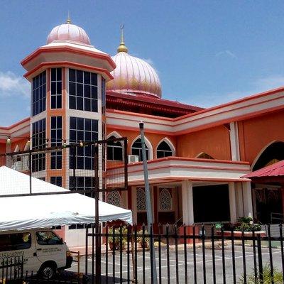 Kelebihan Untuk Orang Yang Sentiasa Pergi Masjid Surau