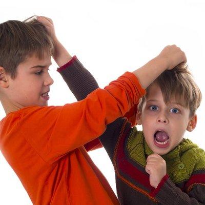 Kenapa Anak Anak Lelaki Suka Bergurau Bergaduh Dan Berbaik Semula Ini Cara Untuk Atasinya