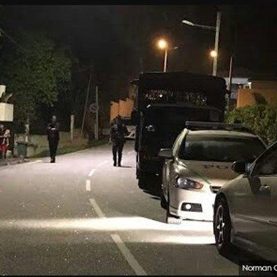 Kereta Polis Dilapor Memasuki Kediaman Najib Razak