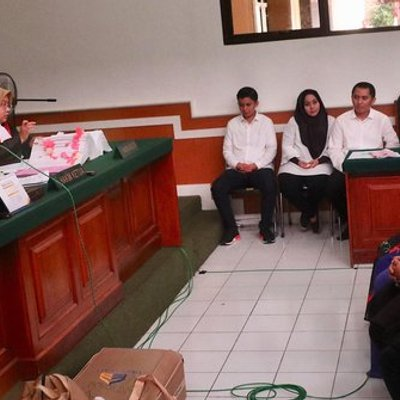Kesaksian Mantan Pegawai First Travel Soal Barang Mewah Milik Anniesa Hasibuan