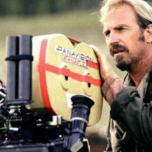 Kevin Costner Rancang Bikin Filem 10 Jam