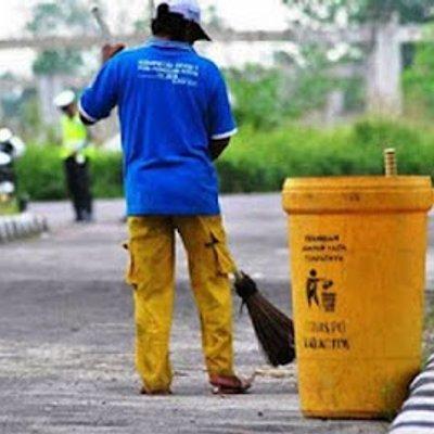 Kisah Si Penyapu Sampah