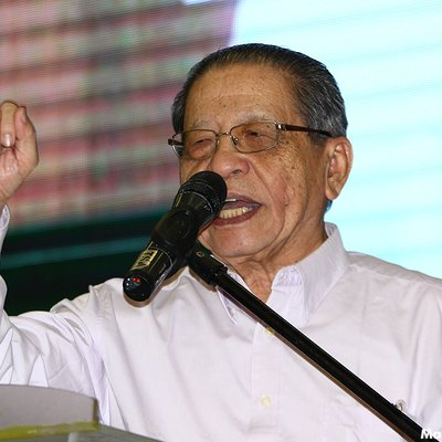 Kit Siang For Hadi Accepting Saudi Money Not Foreign Intervention