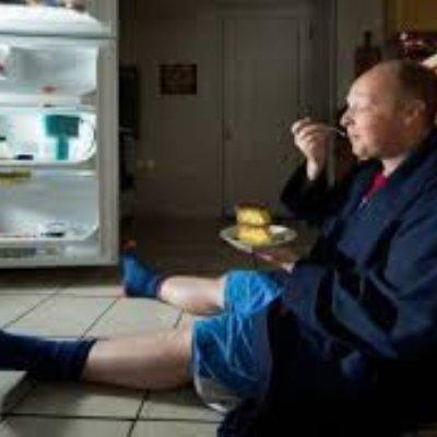 Korang Tergolong Jenis Suka Makan Lewat Malam Ketahuiah 4 Kesan Buruk Jika Anda Teruskan Tabiat Buruk Ini