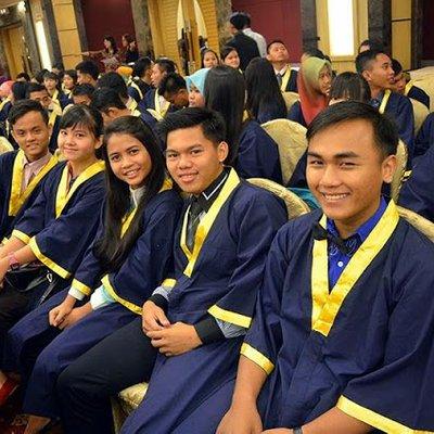 Kpm Minta Ambil Perhatian Isu Majlis Graduasi Sekolah Mahal