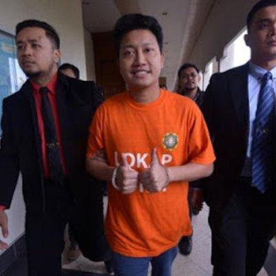 Kronologi Kes Rasuah Dato Adam Rosly Ketua Pemuda Pkr Rasuah Tipurakyat
