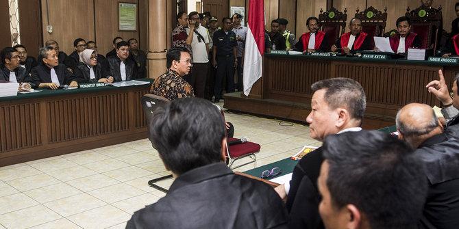 Kuasa Hukum Ahok Sebut Saksi Pelapor Bukan Warga Kepulauan Seribu