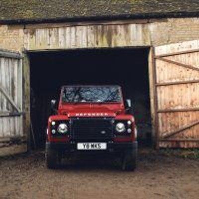 Land Rover S Limited Edition V8 Defender Caps Anniversary Celebration