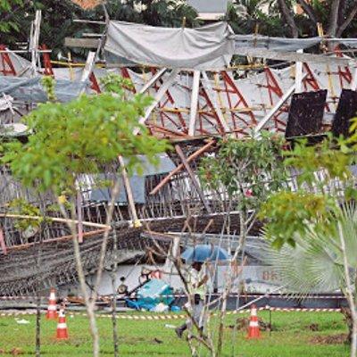 Lebuhraya Bertingkat Di Singapura Runtuh