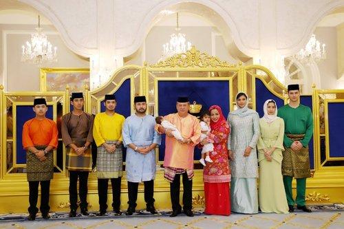 Majlis Berandam Surai Pewaris Takhta Johor Selamat Dilangsungkan