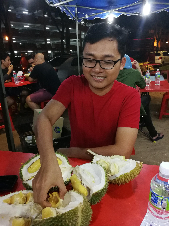 Makan Durian Di Bandar Permaisuri Cheras