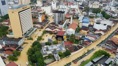 Mangsa Banjir Malu Masuk Kesurau Tapi Jawapan Bilal Ini Bila Ditanya Kenapa Amat Mengejutkan