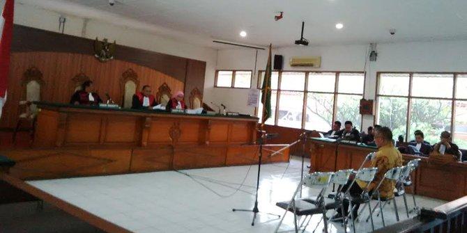 Mantan Kadisdik Jawa Barat Didakwa Rugikan Negara Rp 3 9 Miliar