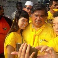 Mat Sabu Seronok Dipeluk Dap Apa Rakyat Malaysia Perlu Tahu